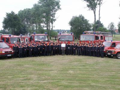 Mannschaftsfoto der Gemeindewehr 2005