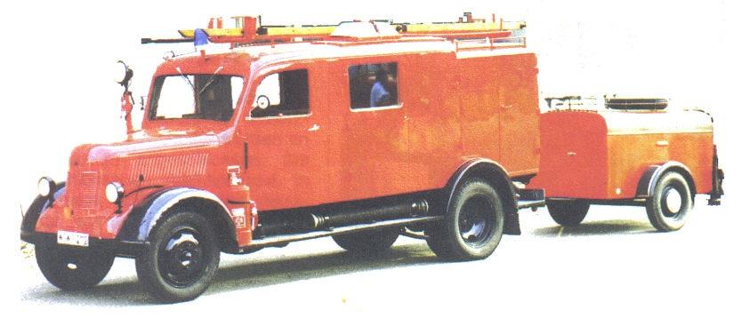 LF 8-TS8 auf Fahrgestell Phänomen-Granit 27 mit STA